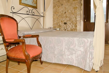 w - Castelnuovo Parano - Bed & Breakfast