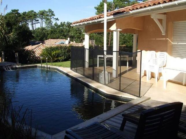 Villa (4 bedrooms) swimming pool / Beach 1200m - Messanges - Rumah