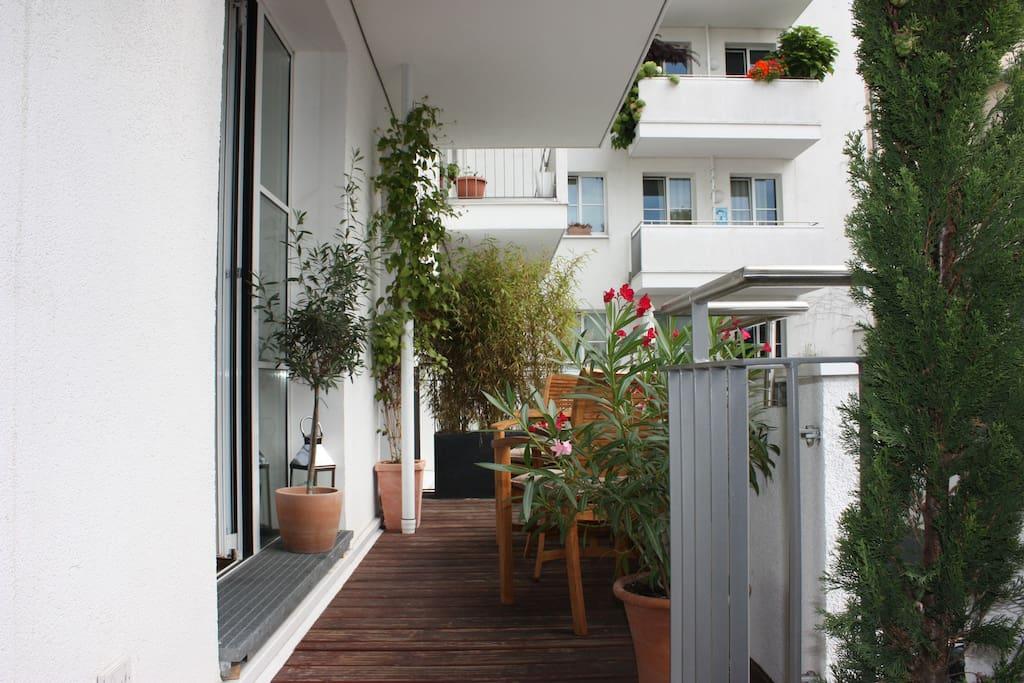 city apartment heumarkt apartments for rent in k ln nordrhein westfalen germany. Black Bedroom Furniture Sets. Home Design Ideas