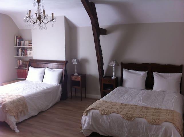 Chambre familiale (2 à 4 personnes) - Chinon - Bed & Breakfast