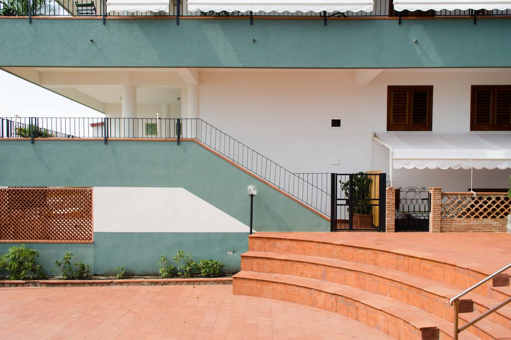 The house is at the first floor, with direct access to the private beach