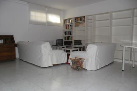 Alquilo Habitacion 450€ en Chalet  - Las Rozas