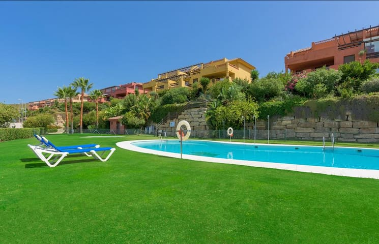 Appart  2 ch 2 SDB Casares Beach-Golf Dona julia - Casares - Apartment
