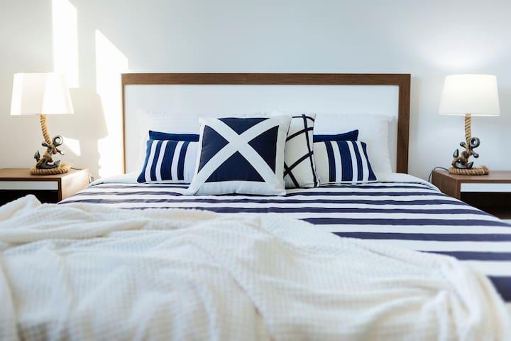 Sunny Queen Bedroom 2.