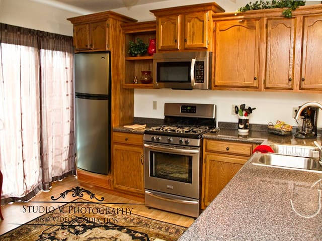 Smethport Hamlin Parkview Apartment with a View!