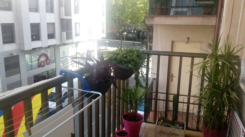 balcón exterior.