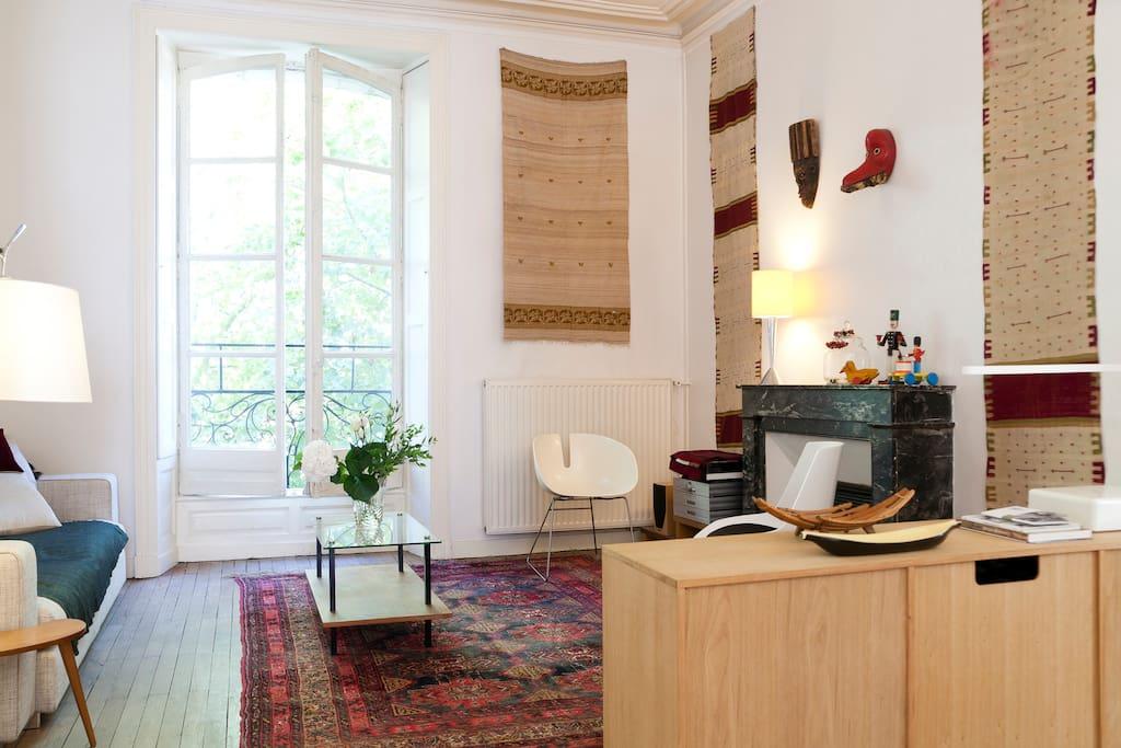 belle chambre cit congr s ch teau appartements louer nantes pays de la loire france. Black Bedroom Furniture Sets. Home Design Ideas