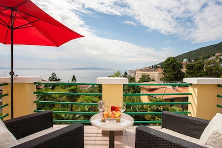 Most Special Penthouse Near Beach £ - Opatija - Huoneisto
