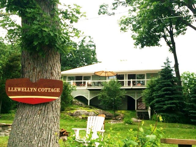 1000 Island Exec Cottage: Boltd Castle, Clayton - Wellesley Island - Chatka