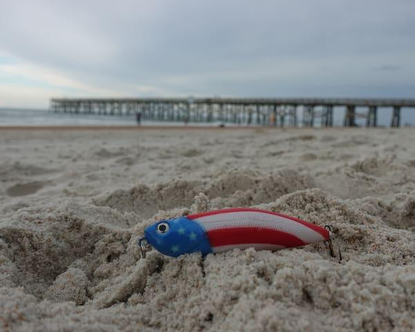 Flag-lure Beach