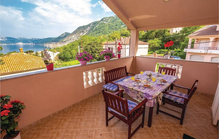 Amazing apartment in Bakarac with WiFi and 1 Bedrooms