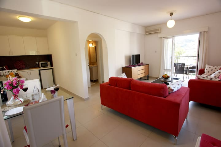 The Love Nest - Pissouri - Appartement