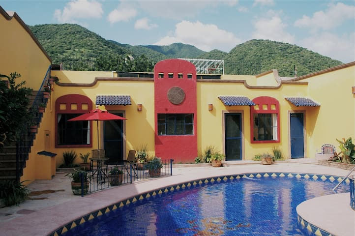 Casita Ozomatli 2 blocks from lake - Ajijic - Appartement