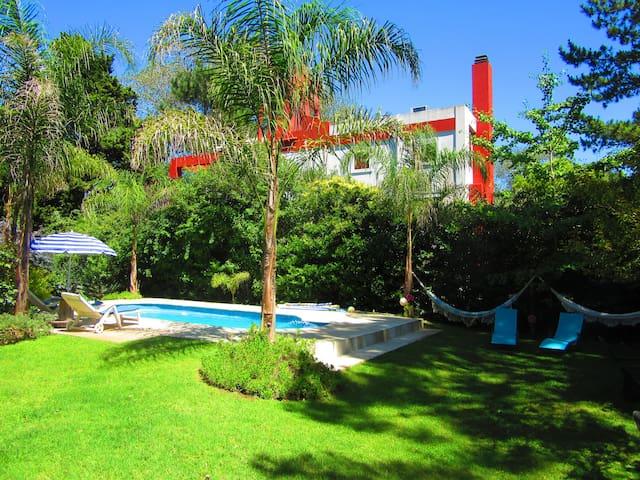 HOSPEDAJE ARMONIA, Bosque, Naturaleza y Mar - Santa Teresita - Casa de hóspedes