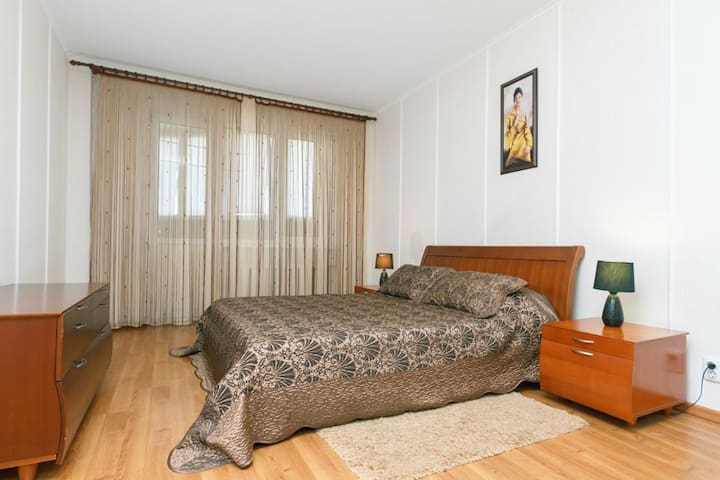 Квартира с камином на Срибнокильской