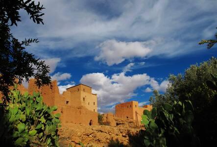 Gîte et couvert en pays berbère - Tinghir - Pousada