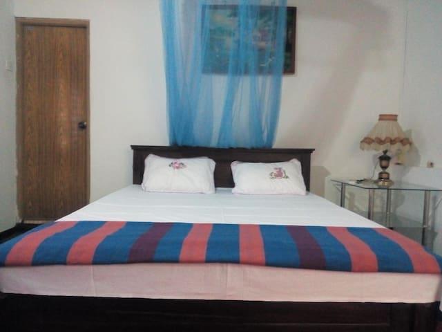 amanda family guest house,