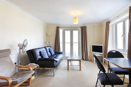 Abodebed - Apt 19 2 Bed/2 Bath Town Centre (max 6)