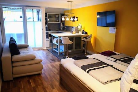 1 Zimmer-Apartment in Bernau mit großer Garage