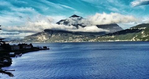 Hyggelig herregård ved Comosjøen