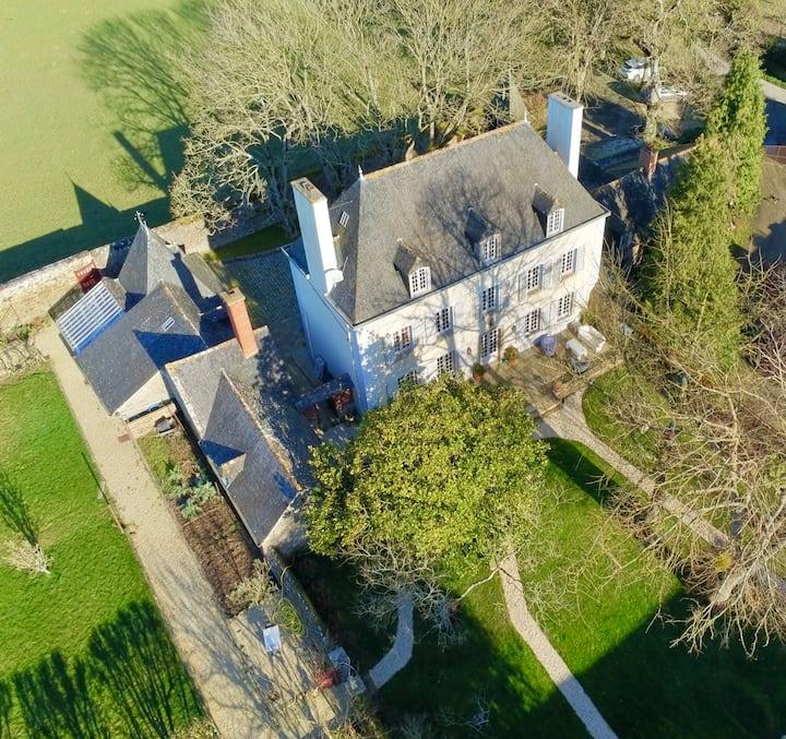 Maison d'Hôtes Dinan - La Meffrais 1741