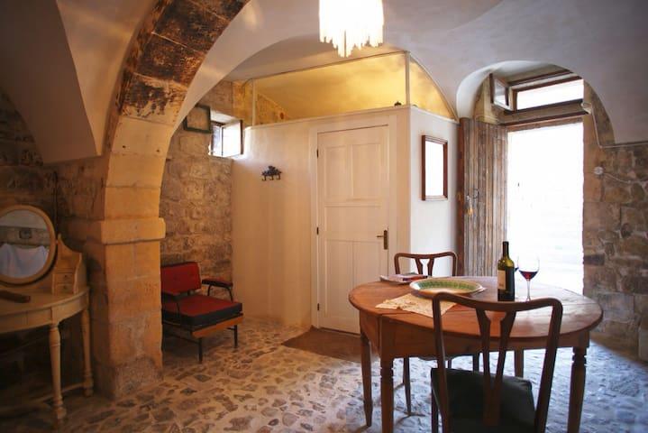 Gracefull and tasty ancient loft in Modica - Modica - Loft
