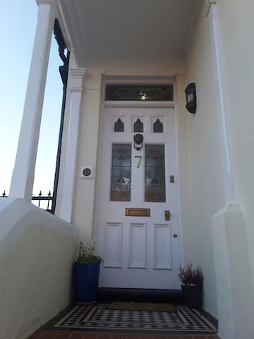Beautiful Edwardian house with period features - Hastings - Casa
