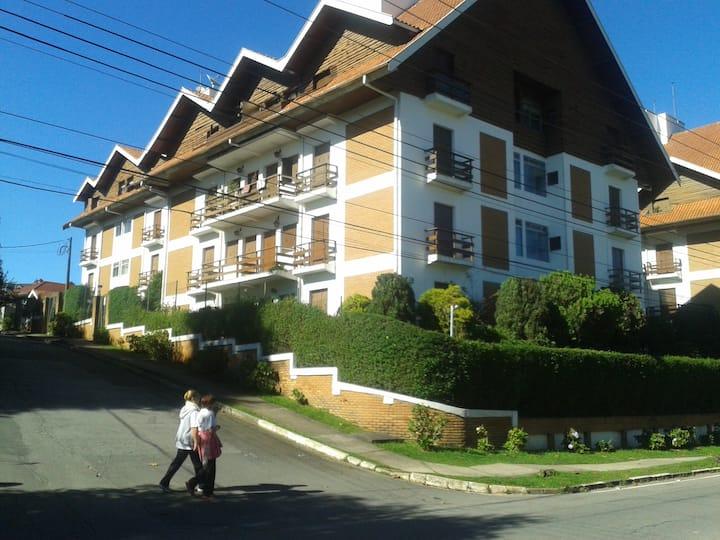 Bem pertinho do centro turístico do Capivari