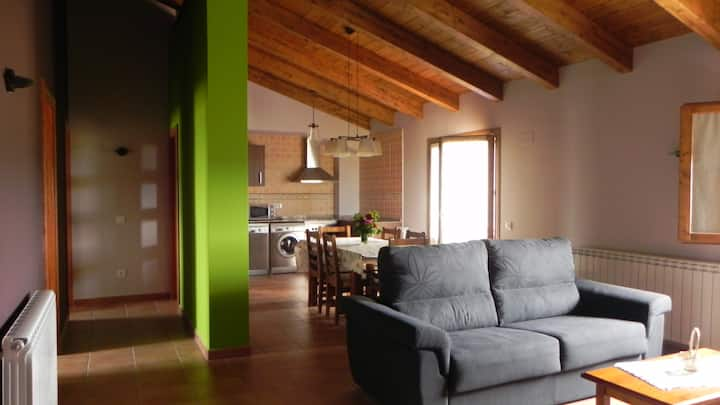 "Apartamento 5-8 plazas, ""Mi Cabaña"" - Alquézar"