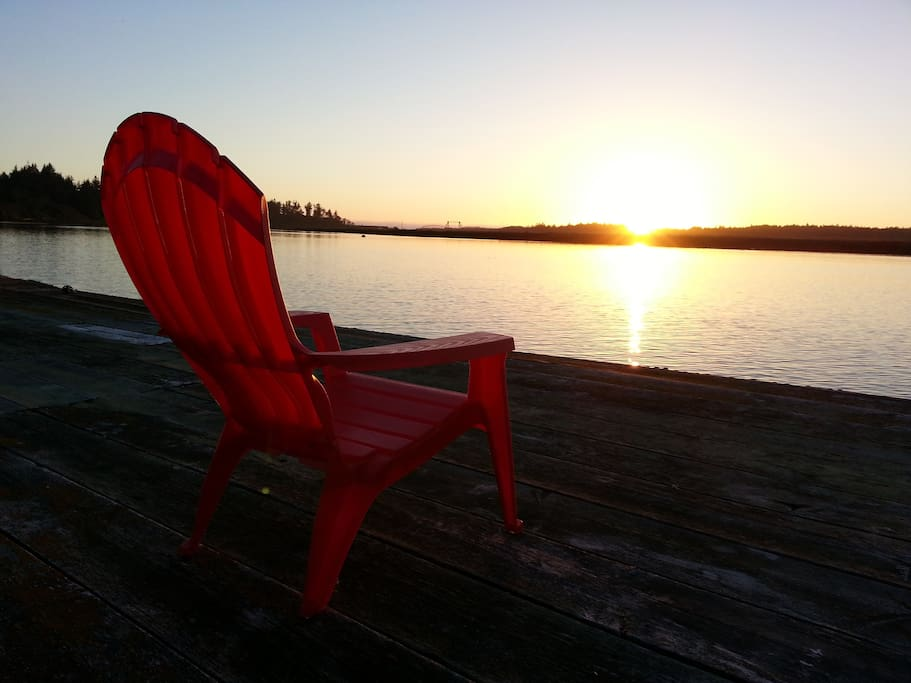 Walk over to our dock and enjoy sunsets over the Coquille River!