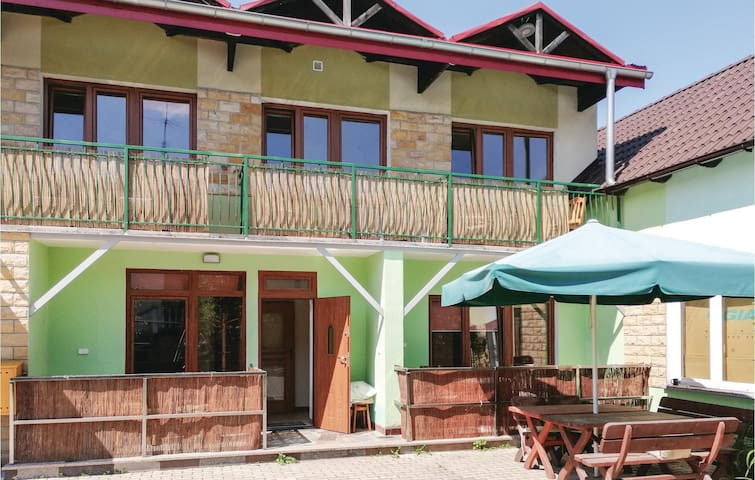 Holiday apartment with 2 bedrooms on 35m² in Gizycko