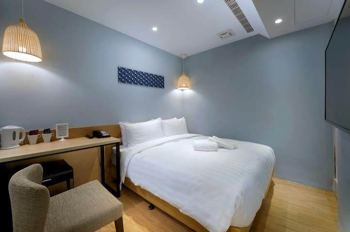 [Shin Sei Bashi Hotel] Standard Double Room