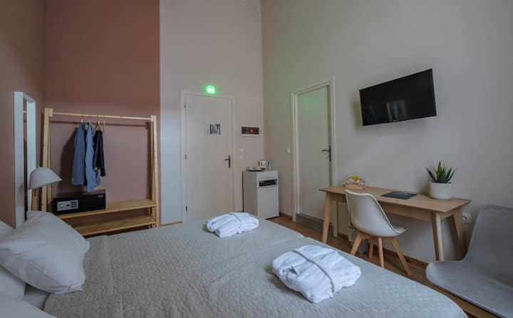 Agora Residence - Standard Double Room