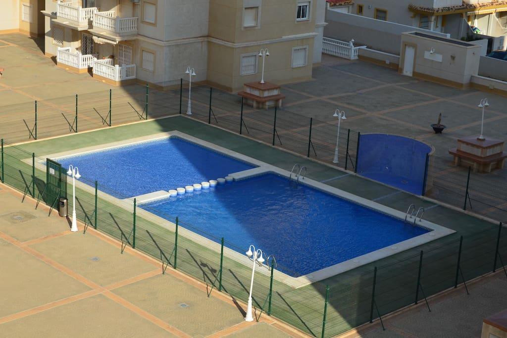 Apt 5 me tage wifi gratuit piscine et enfants for Piscine 5eme