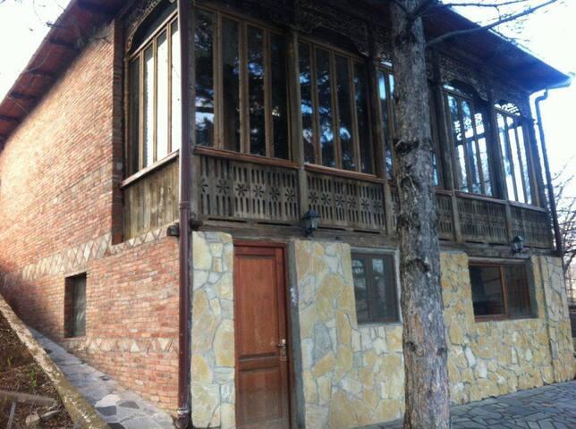 Georgian old house