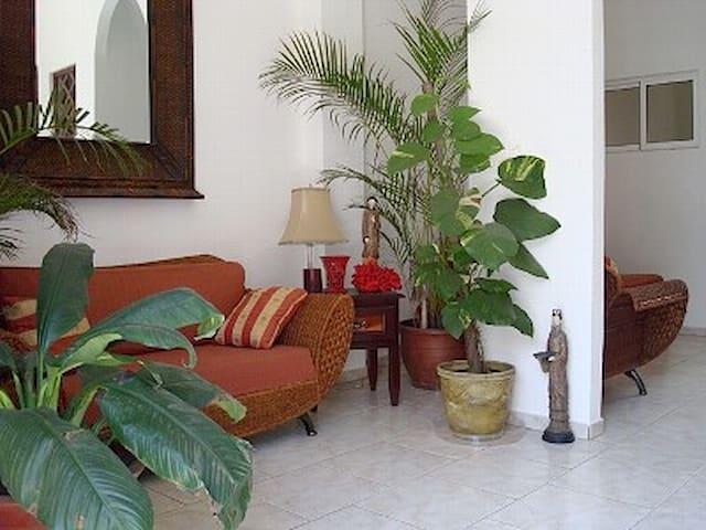 Colonial Zone Gem 1 Bedroom 2 Baths - Santo Domingo - Apartamento