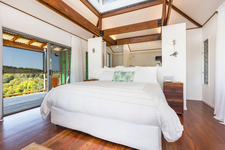 TREEHOUSE-Eco Shack Retreat - Currumbin Valley - Cabana