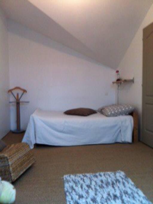 Chambre meublee chez l 39 habitant maisons louer - Location d une chambre meublee chez l habitant ...