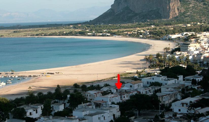NICE VILLA ON THE BEACH - San Vito Lo Capo - House