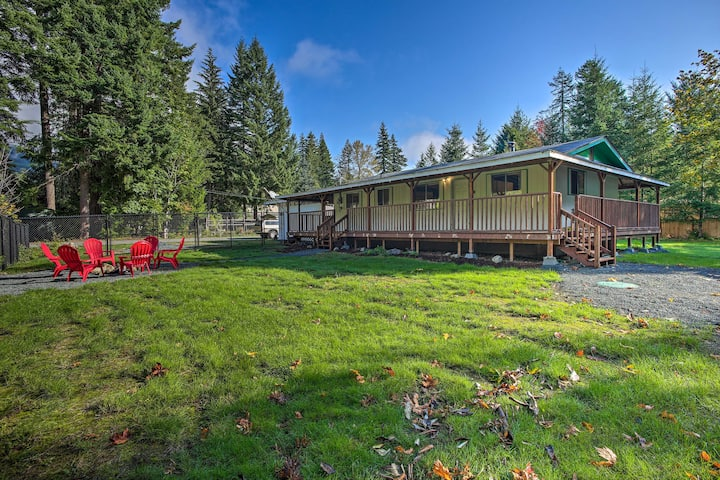 Updated Packwood Cabin -22 Mi. to White Pass!