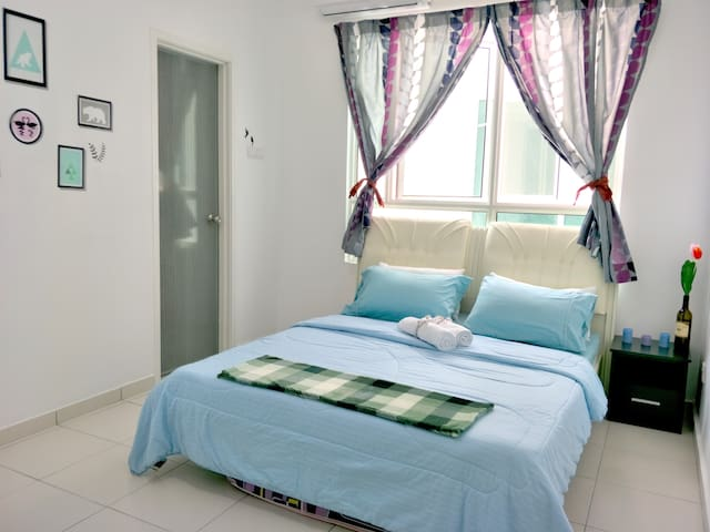 Penang AC Cozy Double Room with attached Bath