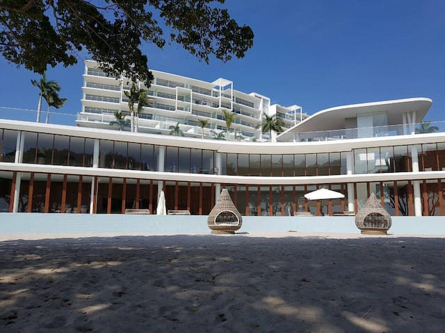 LUXURY BEACHFRONT Bolongo Punta de Mita