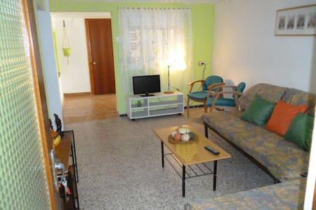 Apto.entero en el lloar / Tarragona - Appartement