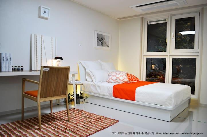 Hilltop Forest Residence 523A913 - Sinjang-dong, Pyeongtaek