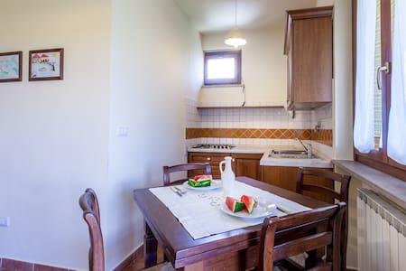 Una finestra sull'Umbria - Appartamento La Formica - Cannara