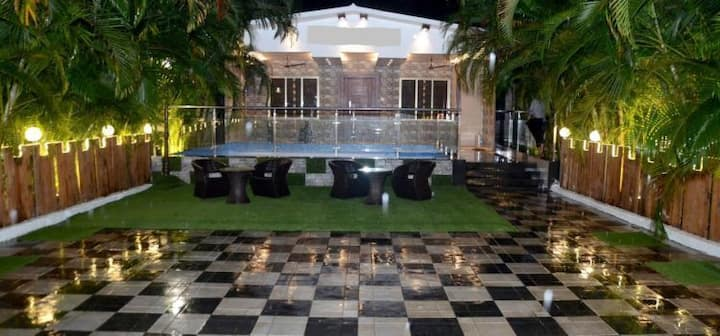 Party Pad 2BHK at Yeoor hills with pool