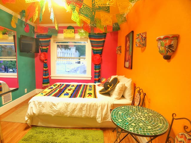 Your colorful fiesta casita @ downtown