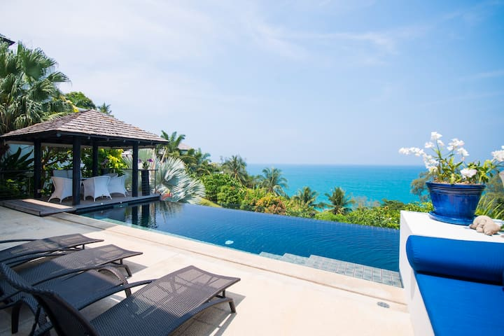 Spacious 5-Bedroom Seaview Villa at Surin Beach