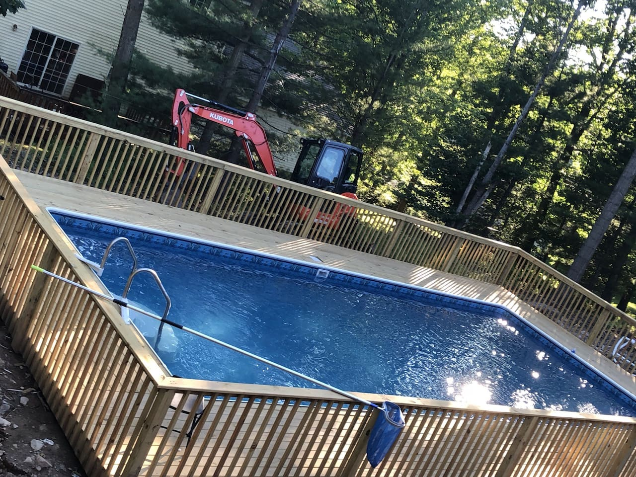 heated swimming pool !