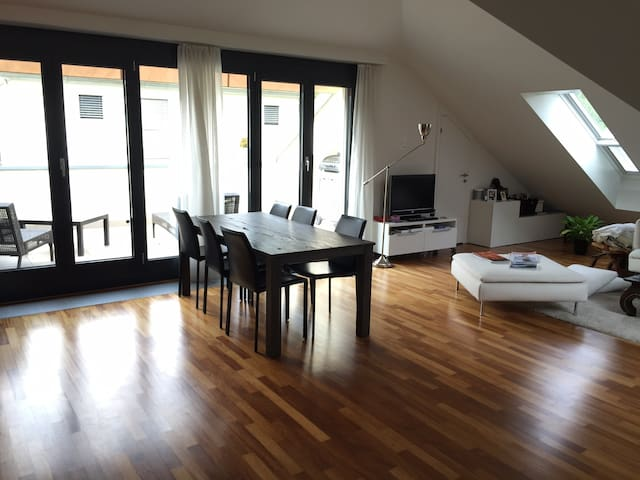Floor-lenght windows leadind to 15m2 terrace